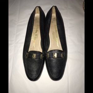 Salvatore Ferragamo driving texture loafers sz 5.5